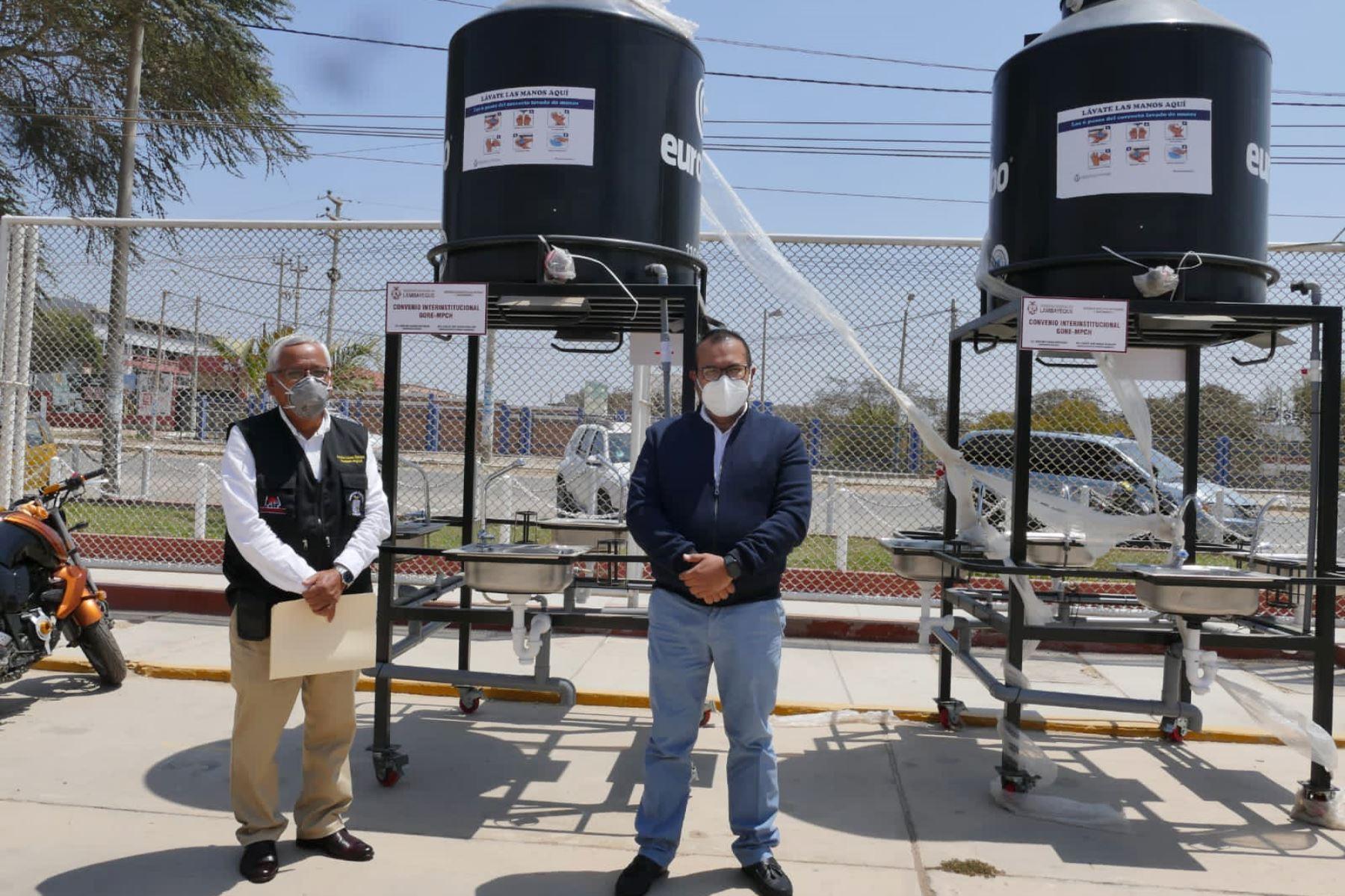En cuatro centros de gran afluencia de público en la ciudad de Chiclayo se instalarán lavamanos. Foto: ANDINA/Difusión