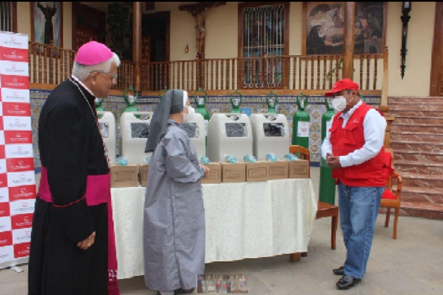 Miguel Cabrejos Vidarte, arzobispo de Trujillo y presidente de la Conferencia Episcopal Peruana, informó que la decisión de implementar la planta de oxígeno en dicho nosocomio pasa por recomendaciones del Colegio Médico de La Libertad.
