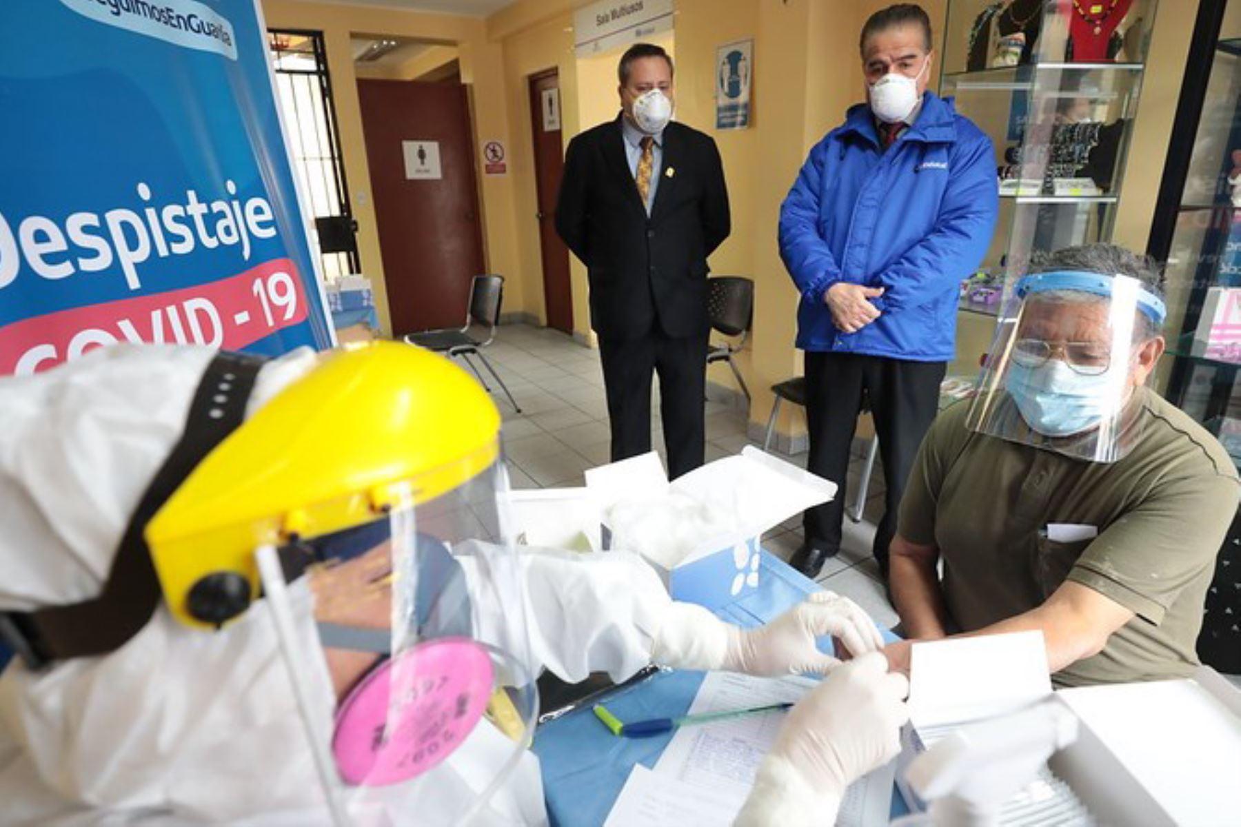 EsSalud realizó descarte gratuito de covid-19 y vacunó contra influenza a adultos mayores | Noticias