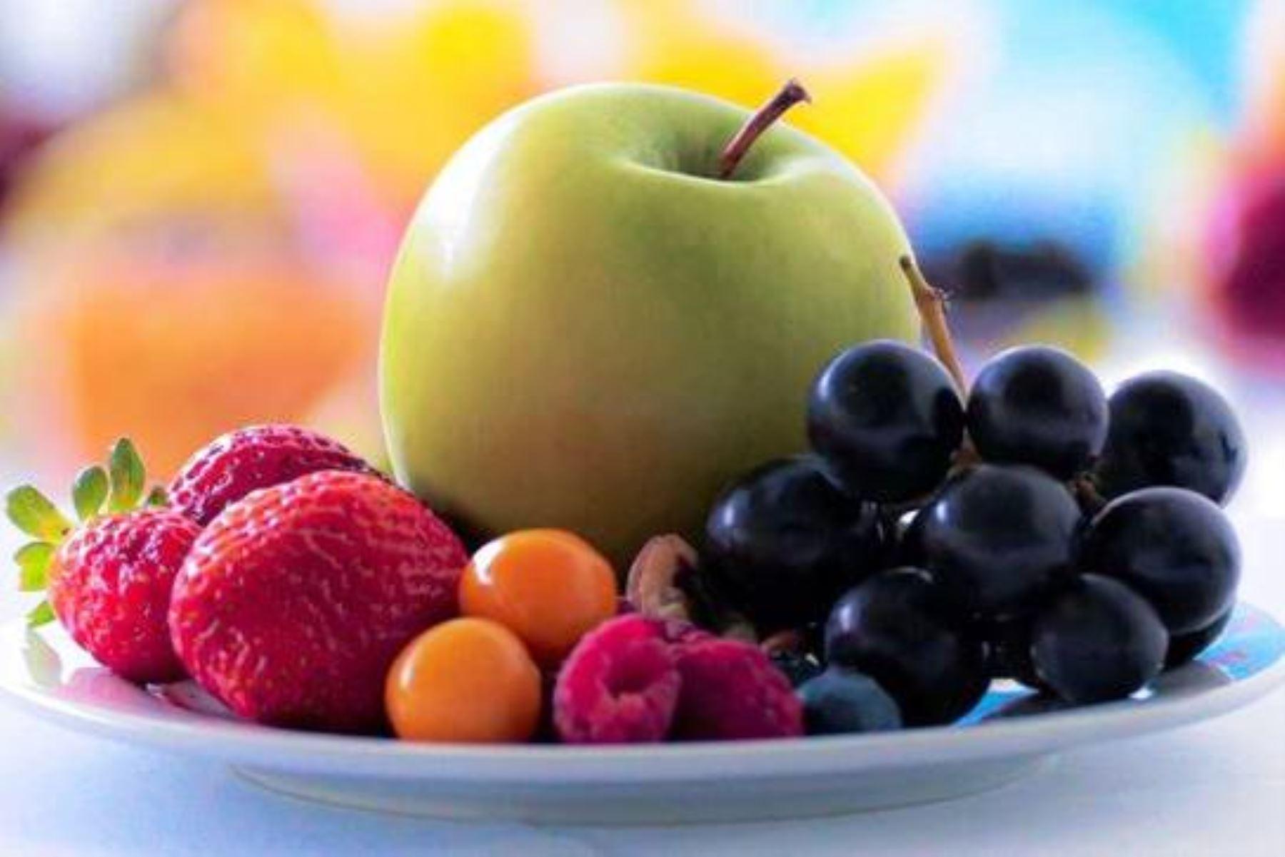 Solo 11.3% de peruanos consume la cantidad de frutas y verduras que recomienda la OMS. Foto ANDINA/Difusión.