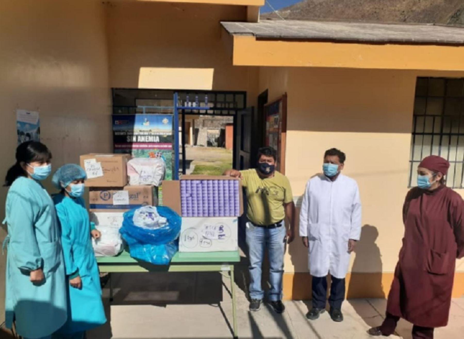 Los centros de salud de las provincias La Unión y Caravelí, las más alejadas de la región Arequipa, recibieron 5,000 y 4,000 dosis de medicamentos para los pacientes afectados por el nuevo coronavirus (covid-19), respectivamente.