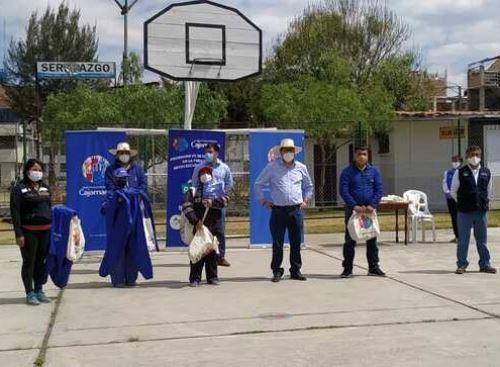 Comerciantes de mercados de Cajamarca promueven el uso de bolsas de tela como una muestra de su compromiso por el medio ambiente. ANDINA/Difusión