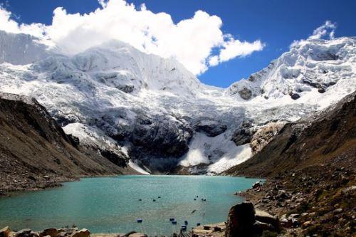 Las avalanchas son muy frecuentes en la laguna Palcacocha (Áncash) y se incrementarán por acción del cambio climático. Foto: ANDINA/Difusión