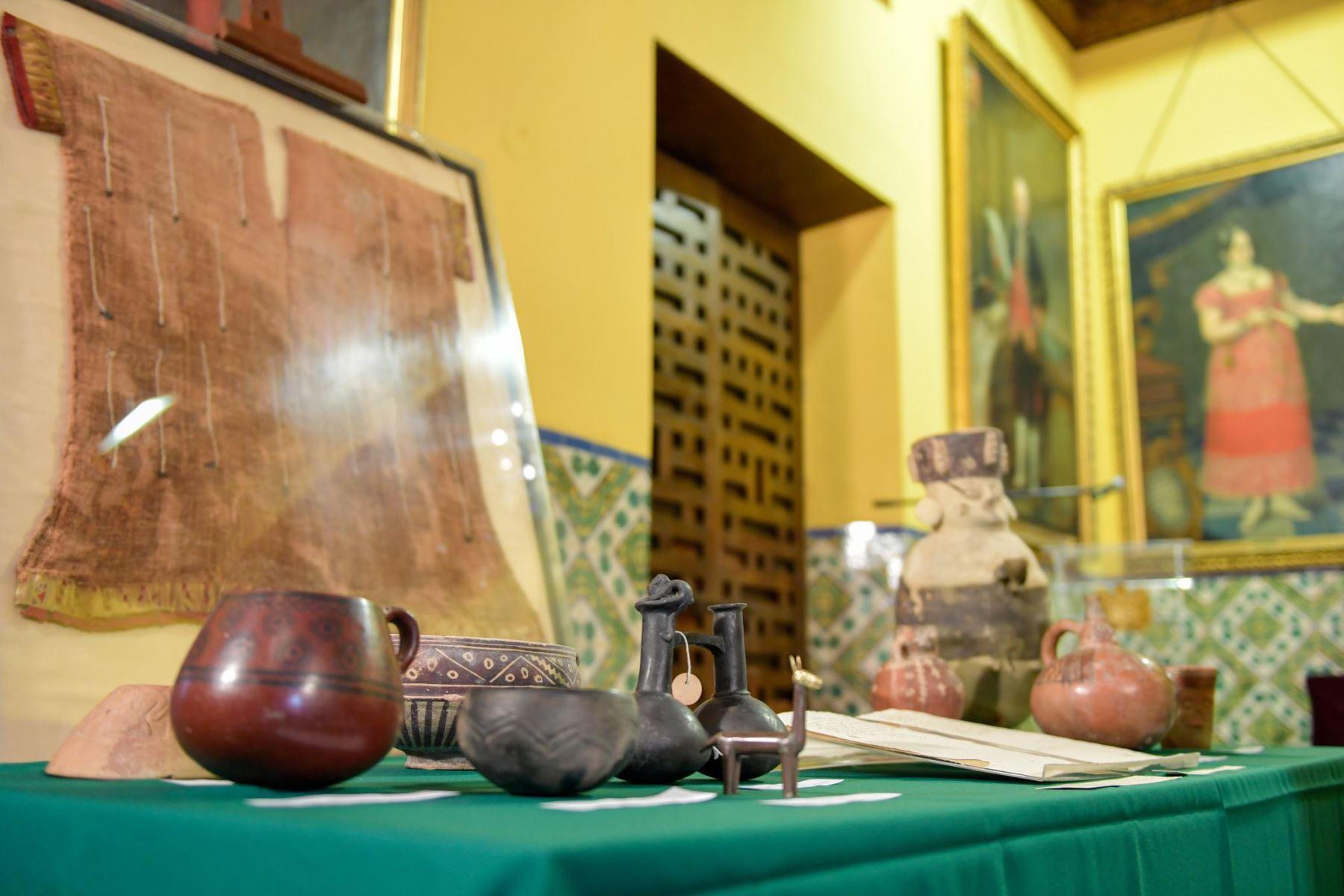 El Ministerio de Cultura recibió un importante lote de bienes culturales, recuperados en diversos países, que constituyen parte del valioso Patrimonio Cultural de la Nación. Foto: Cancillería del Perú