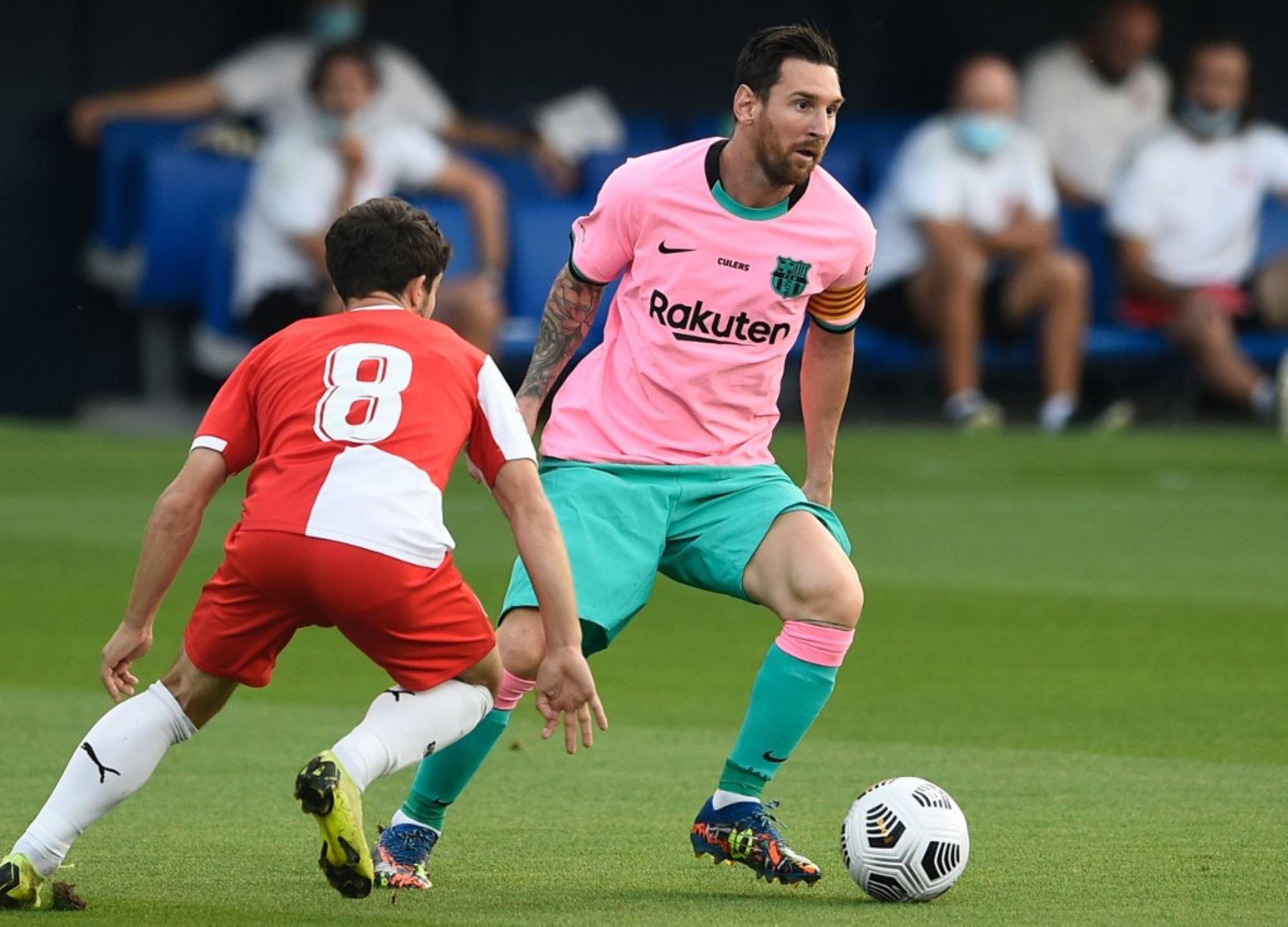 Messi se estrena con un doblete en pretemporada del Barcelona
