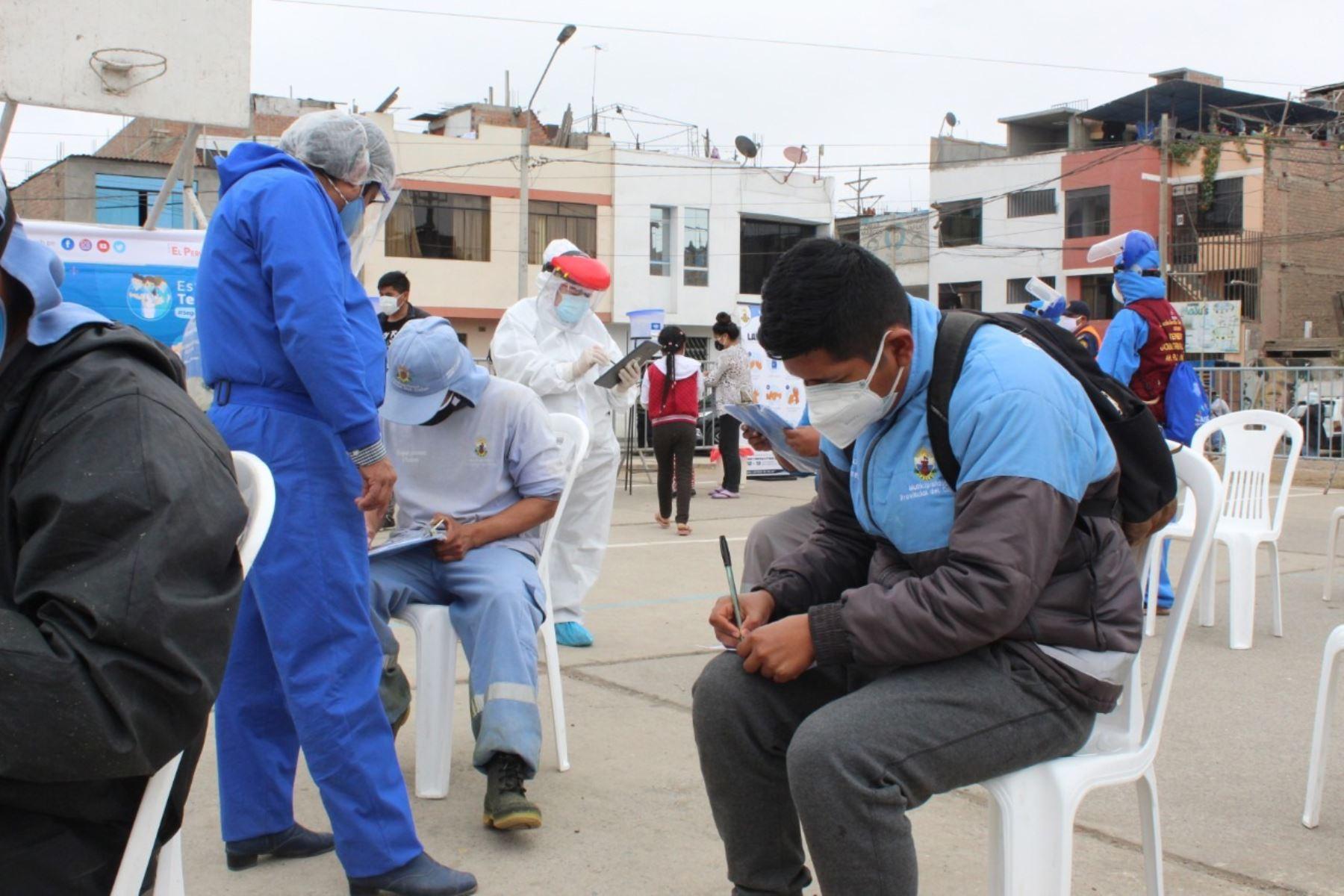 Callao: 20 % de recicladores da positivo a covid-19 en asentamiento humano 200 Millas | Noticias