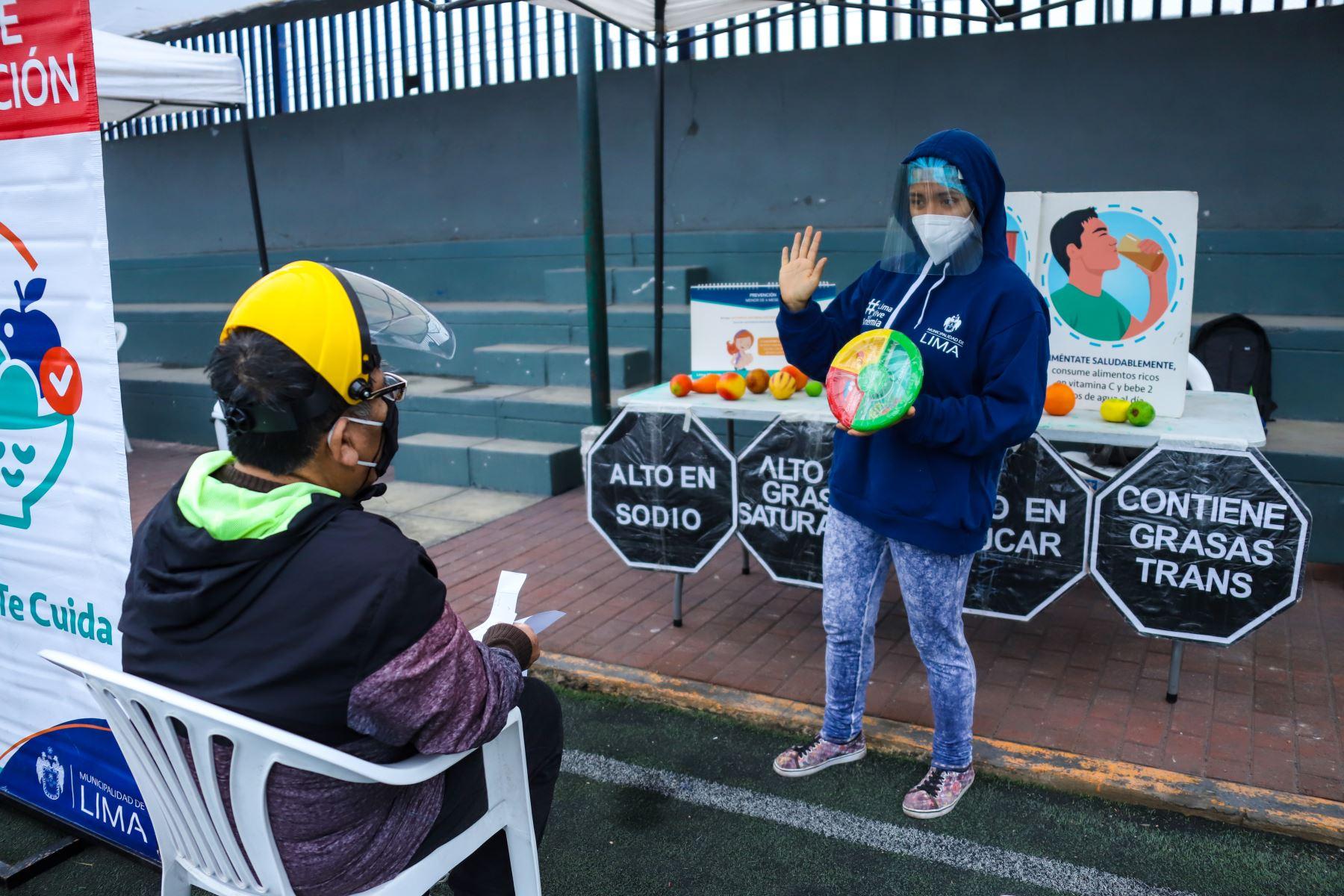 Gracias a la iniciativa Lima Te Cuida, la comuna limeña llevará a cabo, también, una feria informativa, donde los vecinos podrán acceder a talleres de convivencia familiar, charlas sobre promoción de la lectura, acciones para acabar con la violencia contra la mujer. ANDINA/Municipalidad de Lima