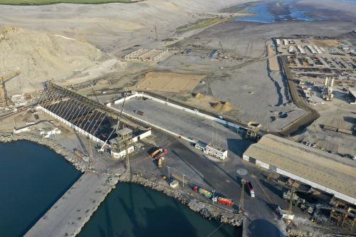 El presidente Vizcarra Inspecciona el Terminal Portuario multipropósito de Salaverry