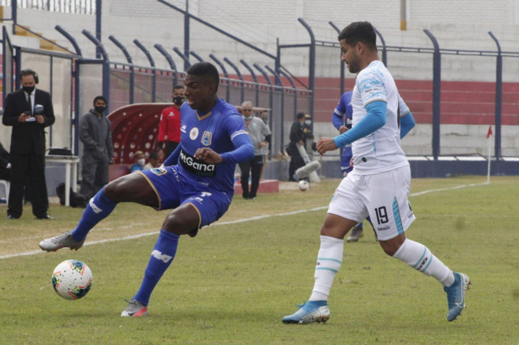 Deportivo Binacional se enfrenta al Club Llacuabamba por la jornada 12 de la Liga 1 que se disputa en el estadio Iván Elias Moreno..  Foto: @LigaFutProf