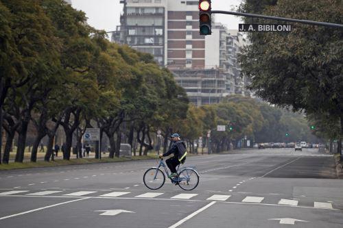Coronavirus: Argentina alarga el aislamiento para frenar la pandemia