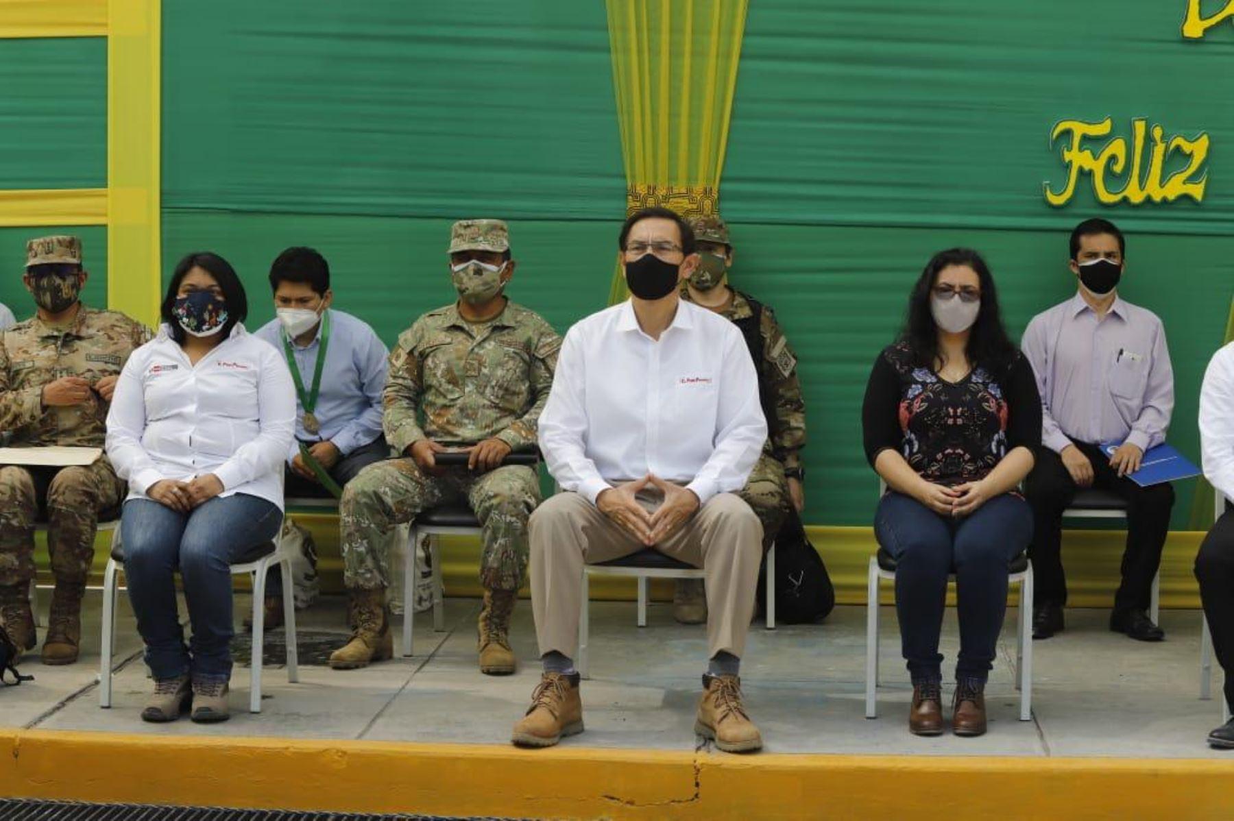 El presidente Martín Vizcarra, acompañado de la primera dama, Maribel Díaz, y la ministra Ana Neyra, se encuentra en Junín para supervisar los esfuerzos del Gobierno en la lucha contra el Covid-19. Foto: ANDINA/Prensa Presidencia