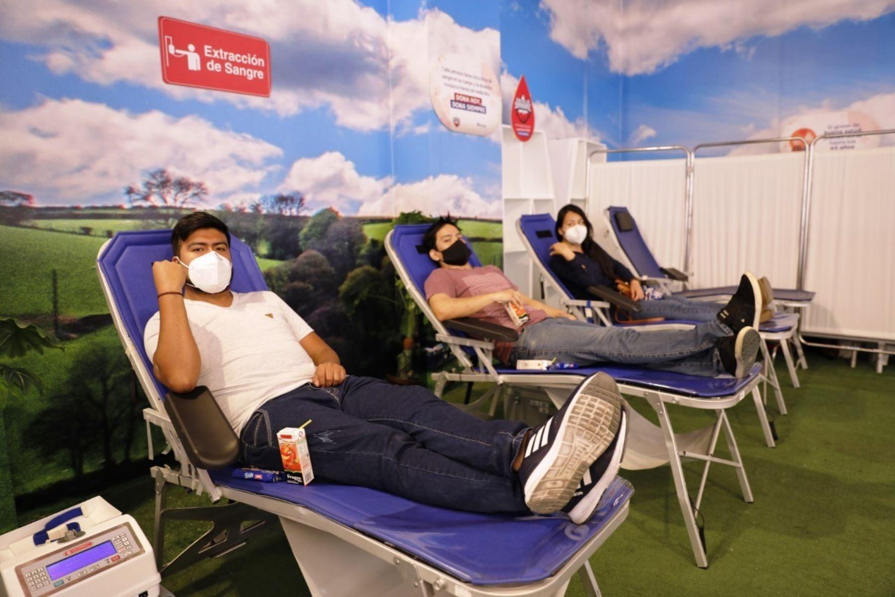 EsSalud reúne cerca de 5,000 unidades en sangre solo en Lima durante emergencia. Foto: ANDINA/Difusión.