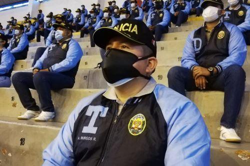 Coronavirus: Ministro del Interior, César Gentille, se reúne con agentes del Escuadrón Verde de la  Policía Nacional