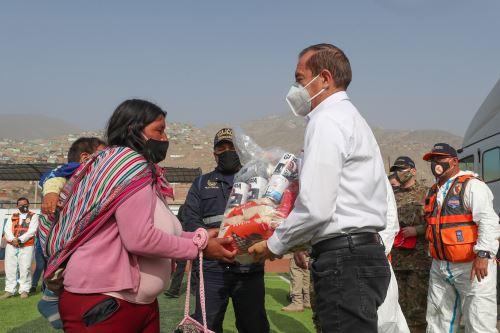 Coronavirus: Entrega de víveres a familias vulnerables del distrito de Pachacamac