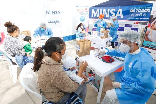 Vacunación y control de anemia a niñas y niños menores de 24 meses edad en San Juan de Lurigancho