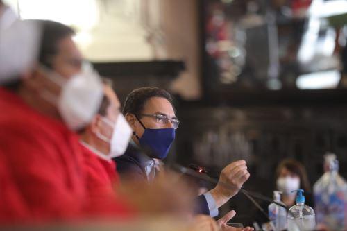 El presidente de la República, Martín Vizcarra, junto al gabinete ministerial, instalan la Comisión de Alto Nivel de Cambio Climático