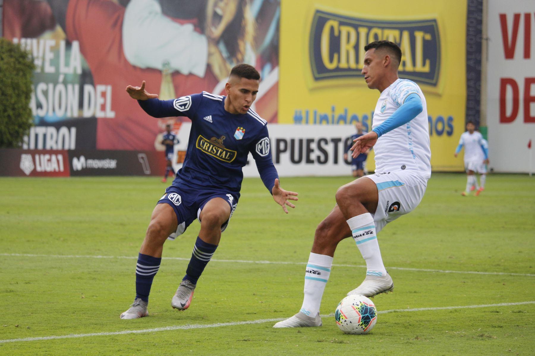 Sporting Cristal y Deportivo Llacuabamba se enfrentan por el Torneo Apertura de la Liga 1. Foto: Liga 1