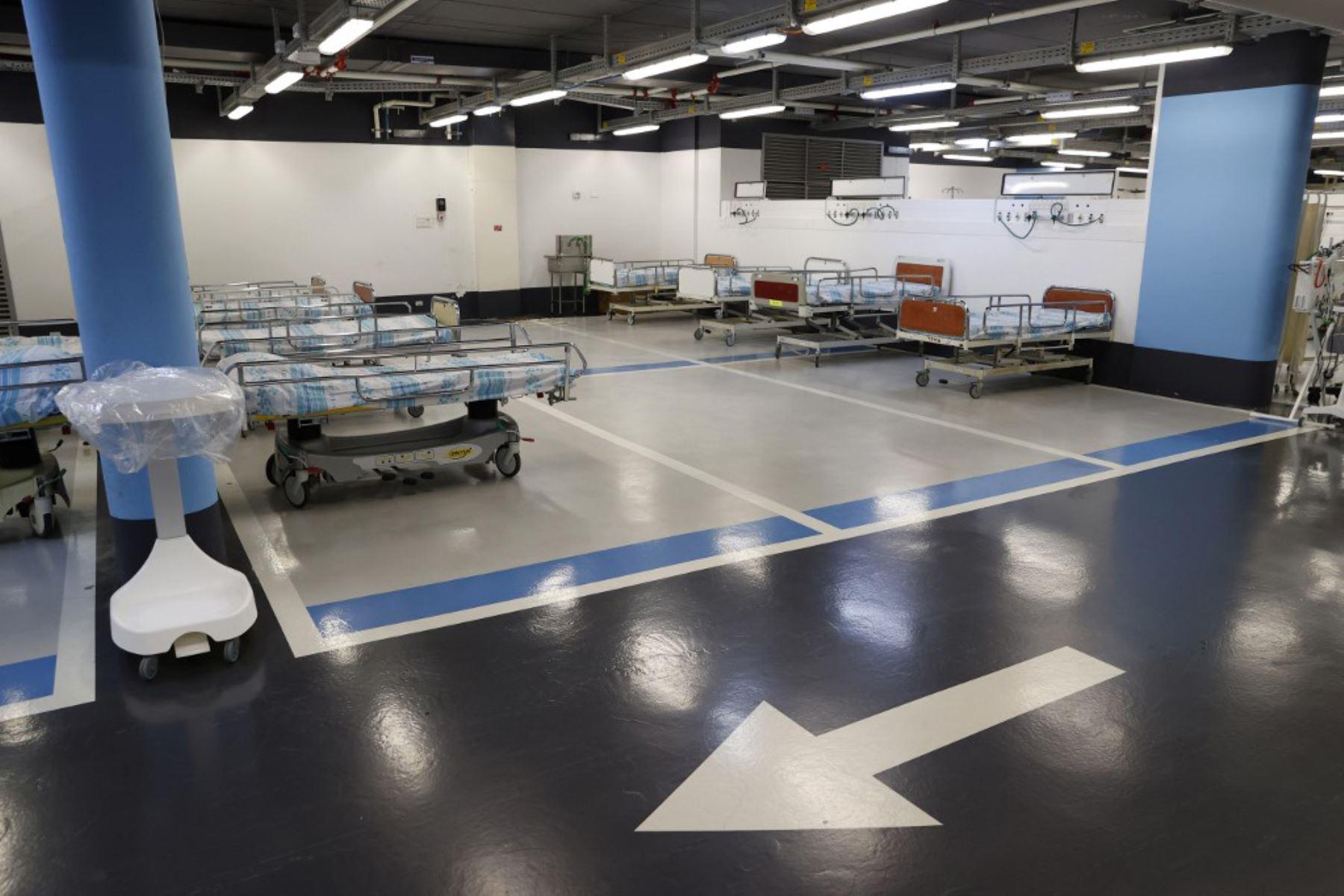 Una vista parcial muestra camas vacías instaladas en el estacionamiento subterráneo del Rambam Health Care Campus, que se transformó en una instalación de cuidados intensivos para pacientes con coronavirus, en la ciudad de Haifa, en el norte de Israel. Foto: AFP