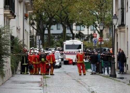 Dos heridos en París en un ataque con cuchillo frente a la antigua sede de Charlie Hebdo. Foto: AFP
