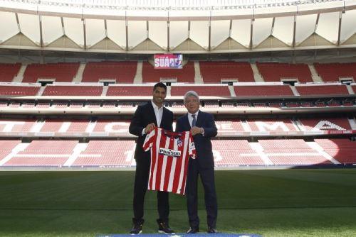 luis Suárez  fue presentado como flamante refuerzo del Atlético Madrid