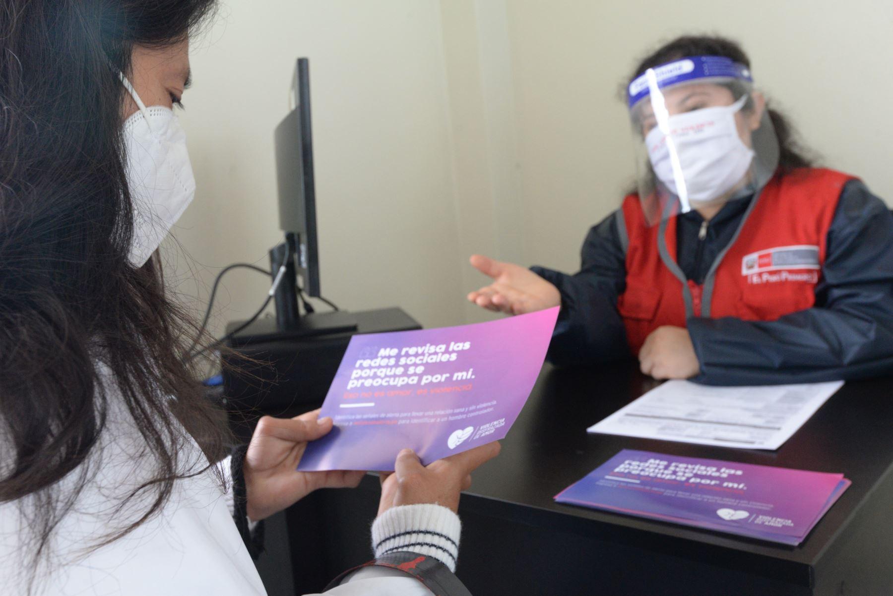La Ministra  de la Mujer Rosario Sasieta inauguró dos Centro  de Emergencia Mujer en Lambayeque para atender a víctimas de violencia.Foto:ANDINA/MIMP