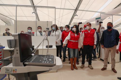 Jefe del Gabinete hace entrega de Centro de Atención Temporal para pacientes Covid-19 en Cajamarca