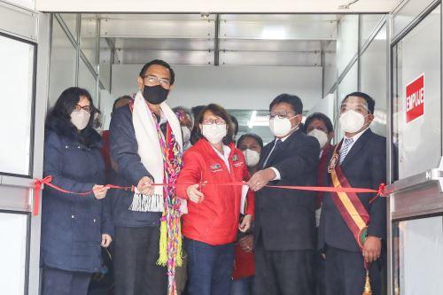 Coronavirus: Presidente Martín Vizcarra inaugura centro de aislamiento temporal en Juliaca, Puno
