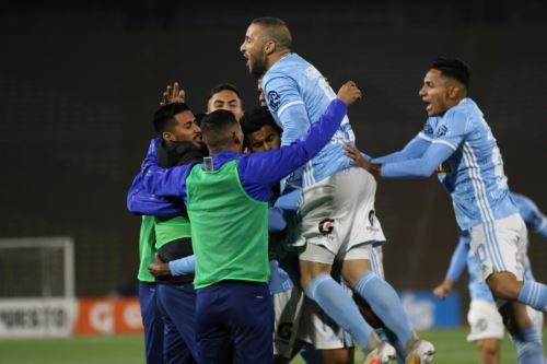 Sporting Cristal gana 2 a 1  al FC Ayacucho por la fecha 14 del Torneo Apertura, en el estadio San Marcos