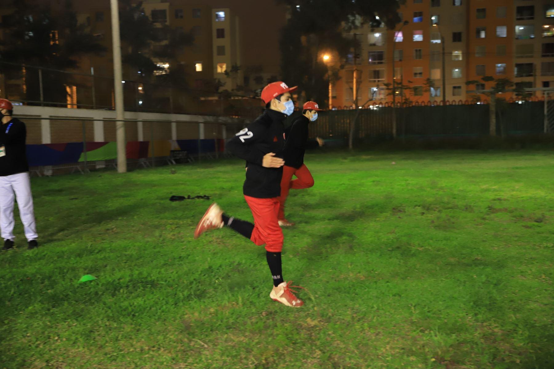 El sóftbol peruano ya entrena en la Videna respetando los protocolos