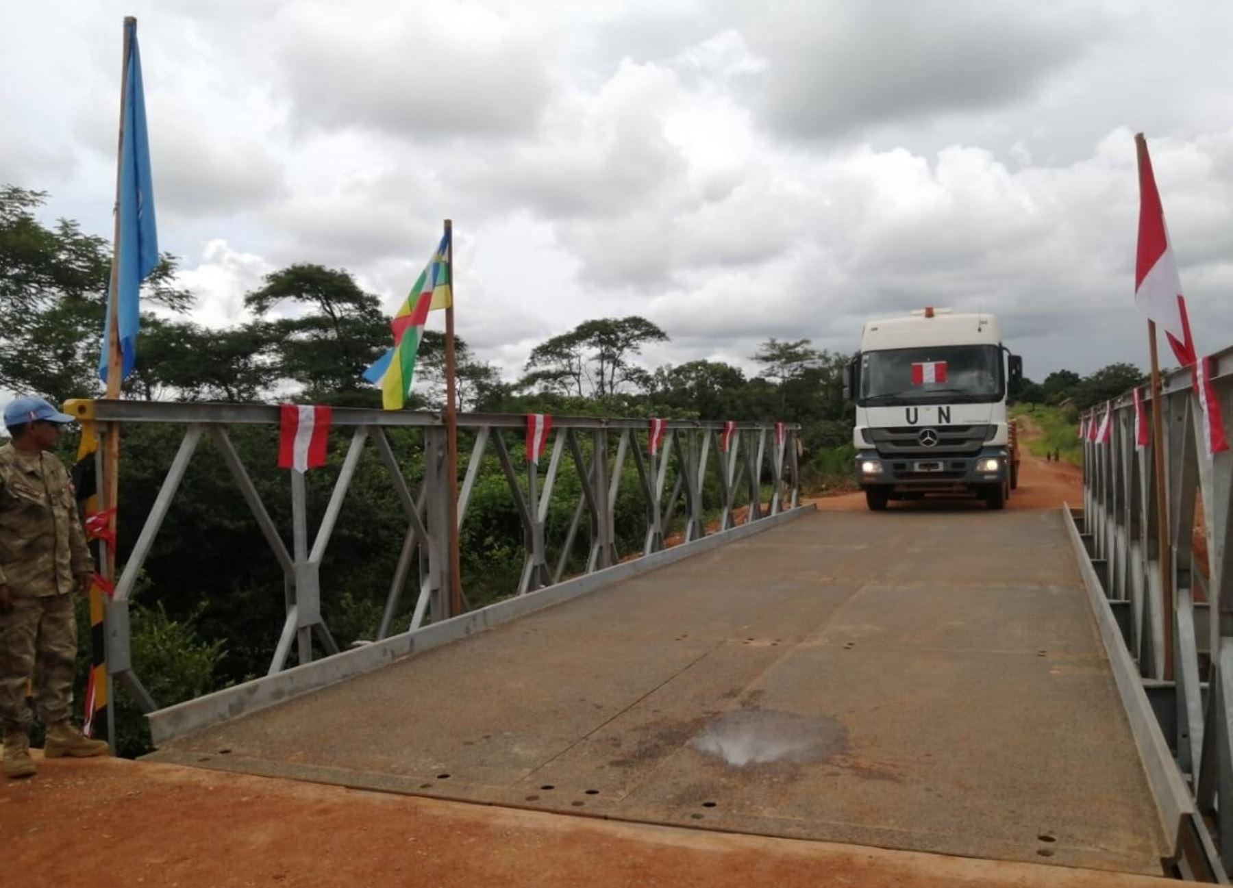 Contingente peruano de ingeniería construye un puente en República Centroafricana | Noticias