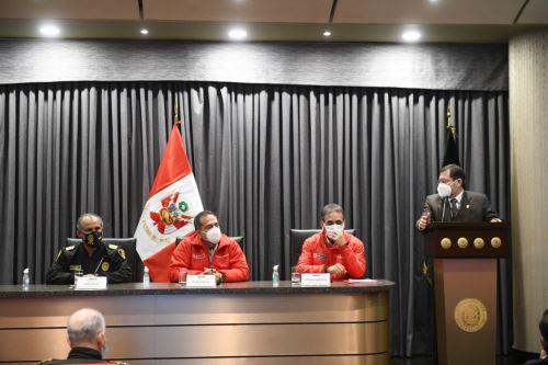Ministro del Interior sostuvo reunión con fiscal superior de crimen organizado de la Fiscalía