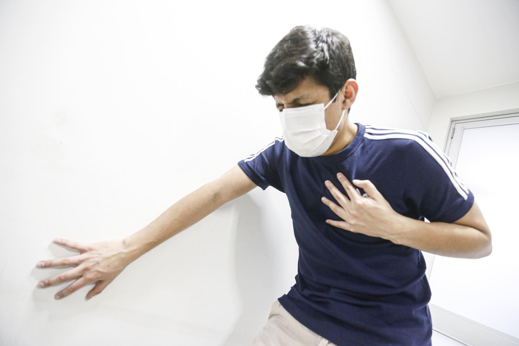 El covid-19 puede despertar o empeorar las arritmias cardiacas en una persona que contrae la enfermedad o provocar que un paciente hipertenso acentúe su problema. Foto: ANDINA/Municipalidad de Lima
