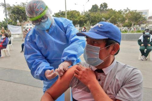 Vecinos de Lima Norte reciben atención médica integral en San Martín de Porres