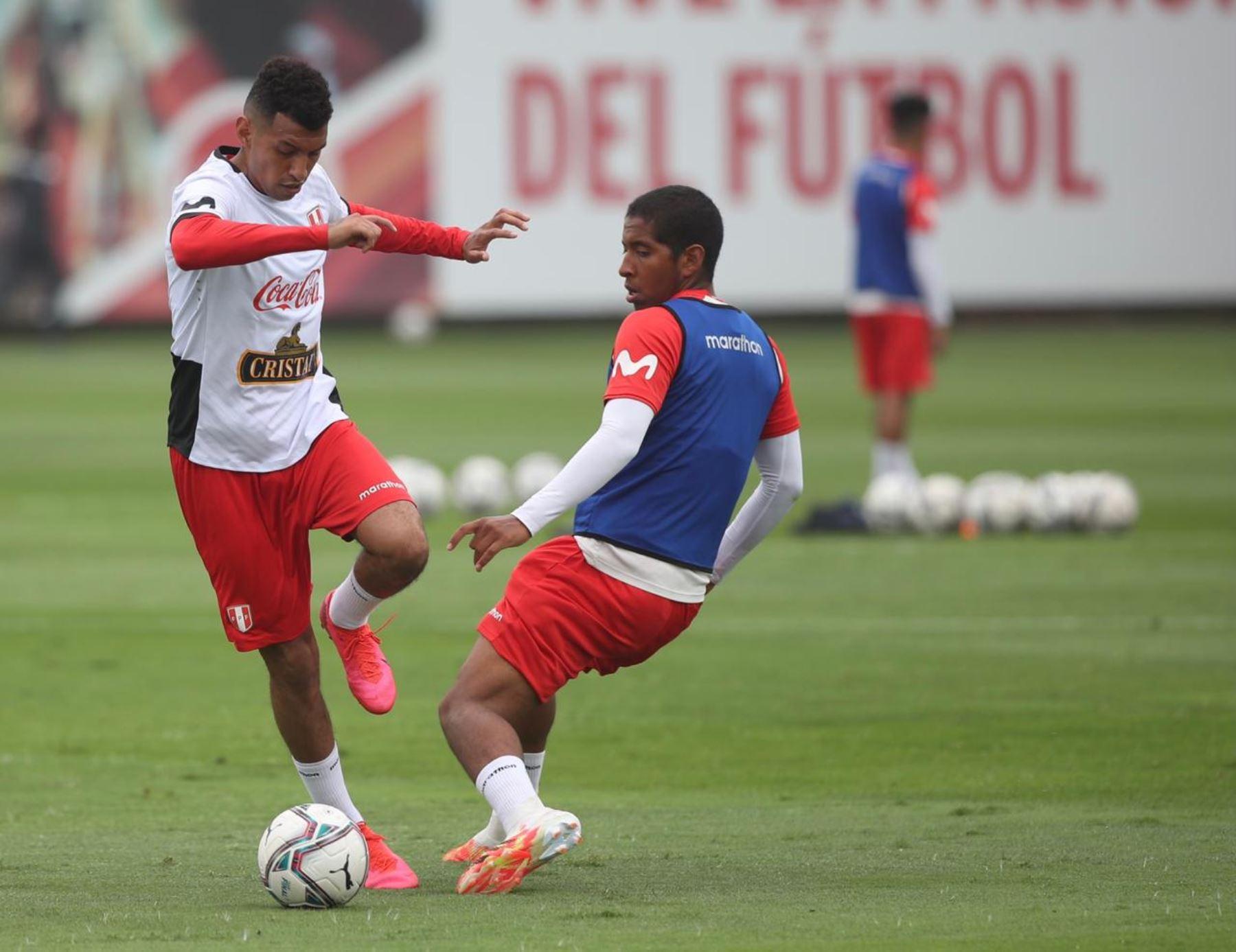 Por segundo día consecutivo, la selección peruana  entrenó en Videna con miras al debut por Clasificatorias ante Paraguay, el próximo 8 de octubre. Foto: @SeleccionPeru