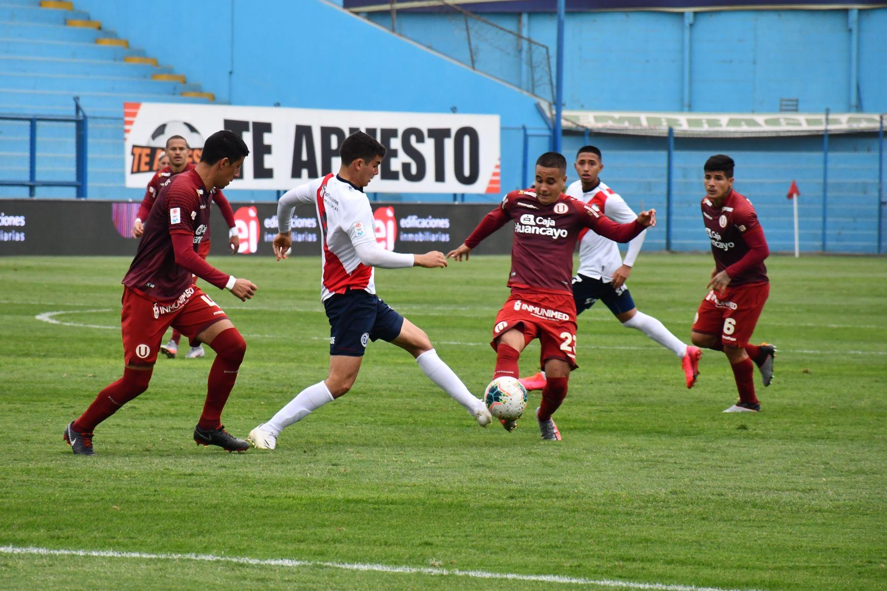 Universitario golea 5-0 a Municipal por la fecha 15 del Torneo Apertura de la Liga 1. Foto: FPF