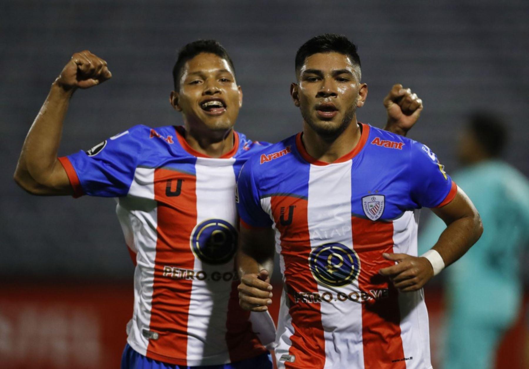 Alianza Lima enfrenta a Estudiantes de Mérida de Venezuela por el grupo F de la Copa Libertadores, en el estadio Alejandro Villanueva. Foto: AFP