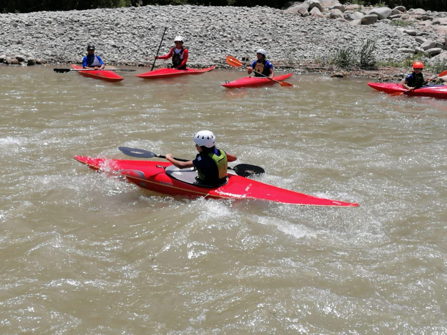 El canojate peruano reactivó sus actividades en Lunahuaná