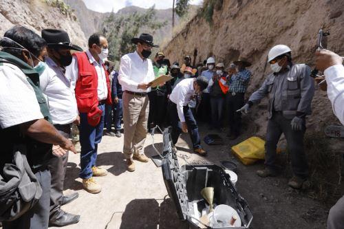 El presidente Martín Vizcarra Vizcarra, inspecciona los trabajos de mejoramiento y conservación del Corredor Vial Aplao- Chuquibamba-Cotahuasi-Pausa