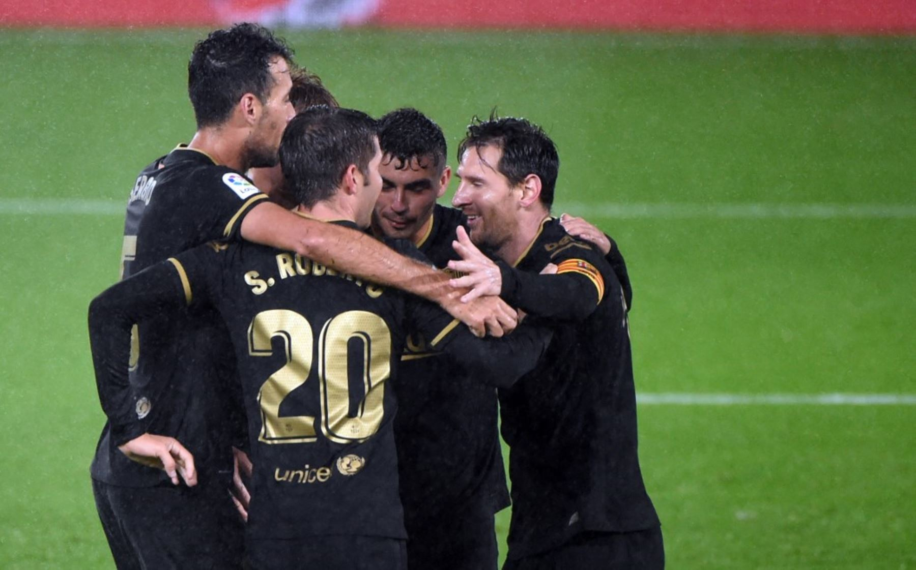 Barcelona goleó 3-0 al Celta de Vido del peruano Renato Tapia. Foto: AFP