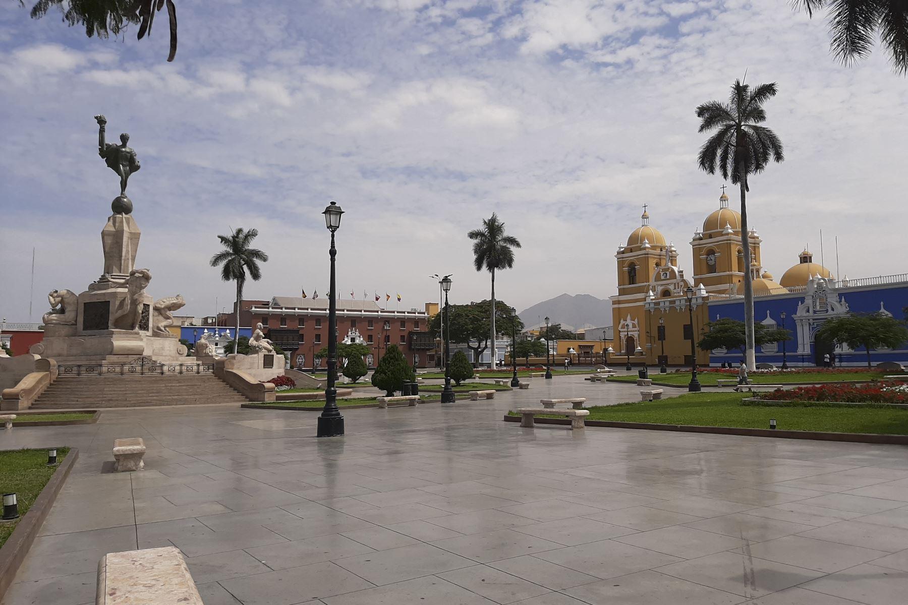 Histórica plaza de Armas de la ciudad de Trujillo, capital del departamento de La Libertad. Foto: ANDINA/Difusión