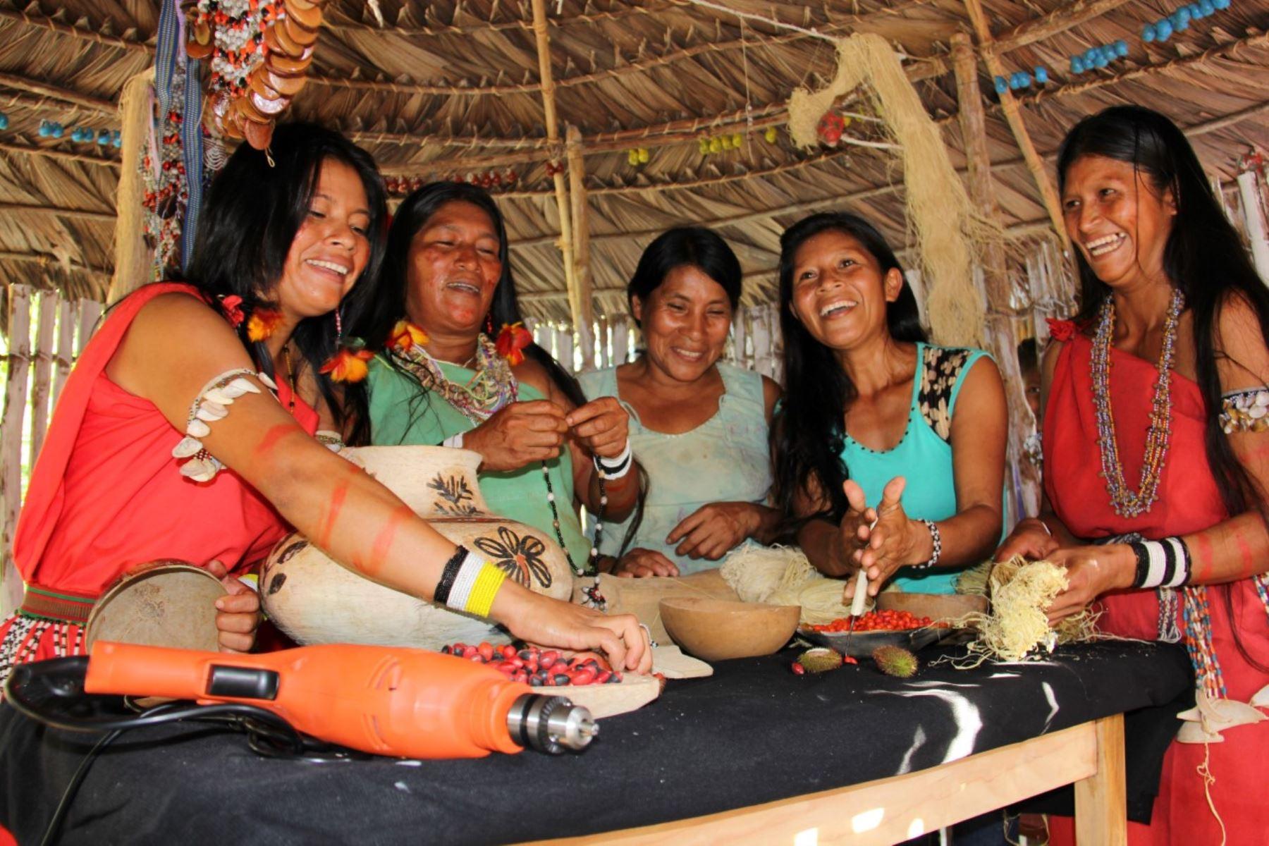 Midis resalta la importancia de proyecto Noa Jayatai-Mujer que empodera a la mujer amazónica, en especial de las comunidades indígenas. ANDINA/Difusión