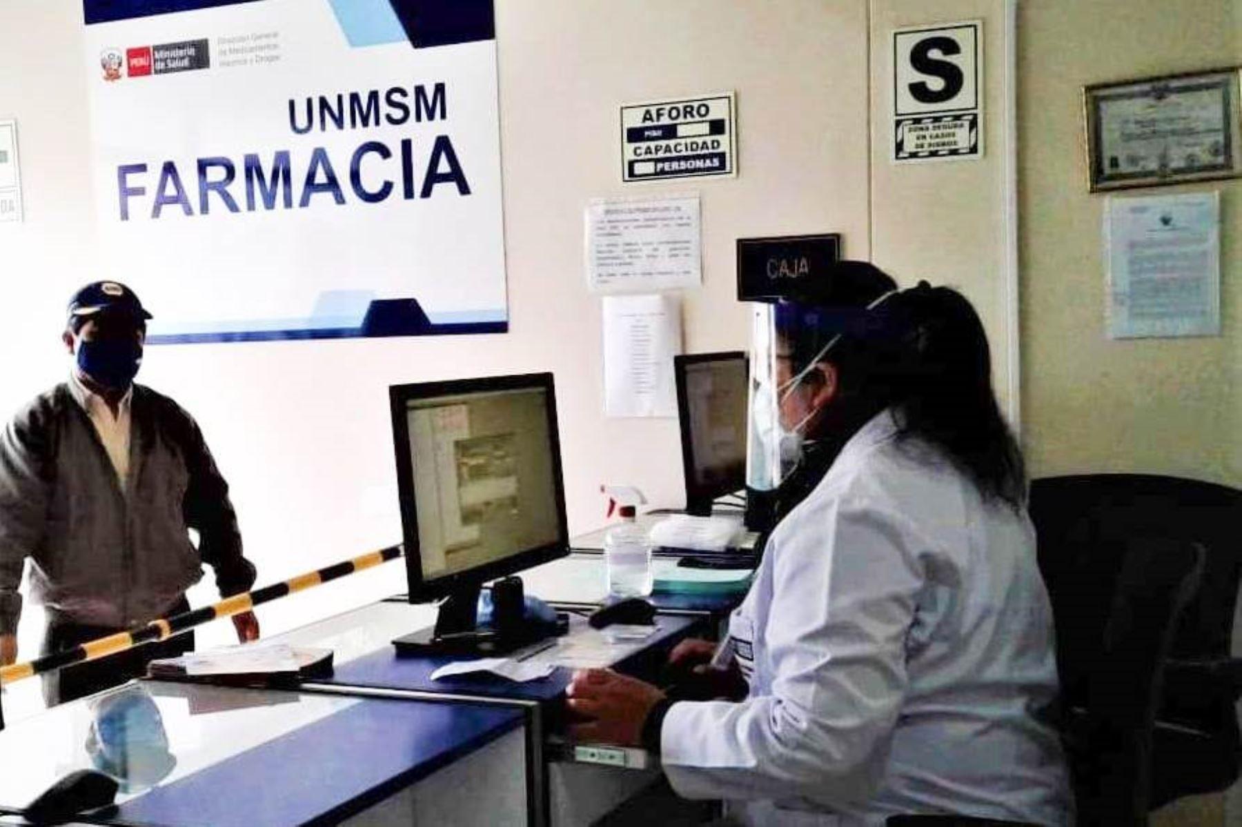 San Marcos: Farmacia Digemid brinda orientación para evitar la automedicación. Foto: ANDINA/Difusión.