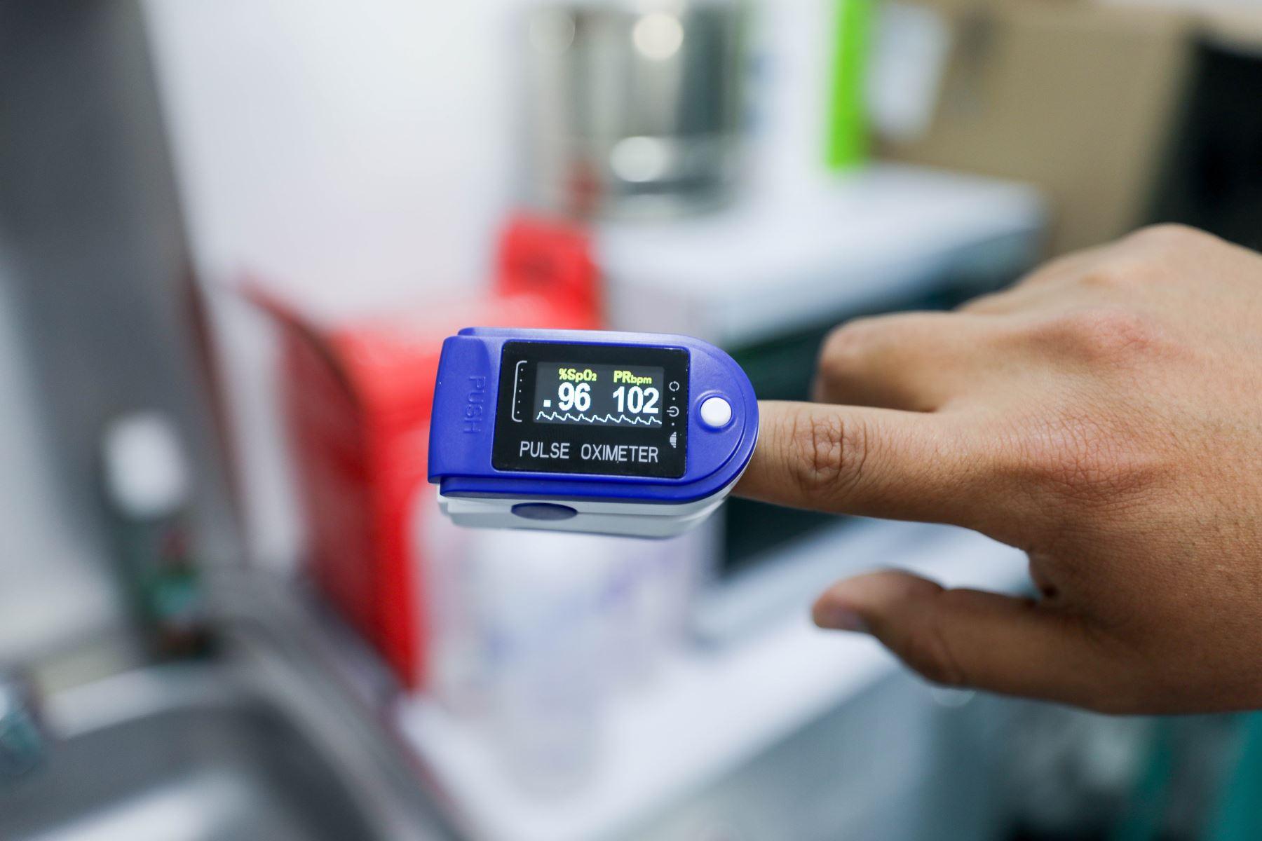 Minsa está procediendo a la entrega de 350 mil pulsioxímetros, que se suman a una primera entrega de 56 mil el año pasado. Foto: ANDINA/Difusión