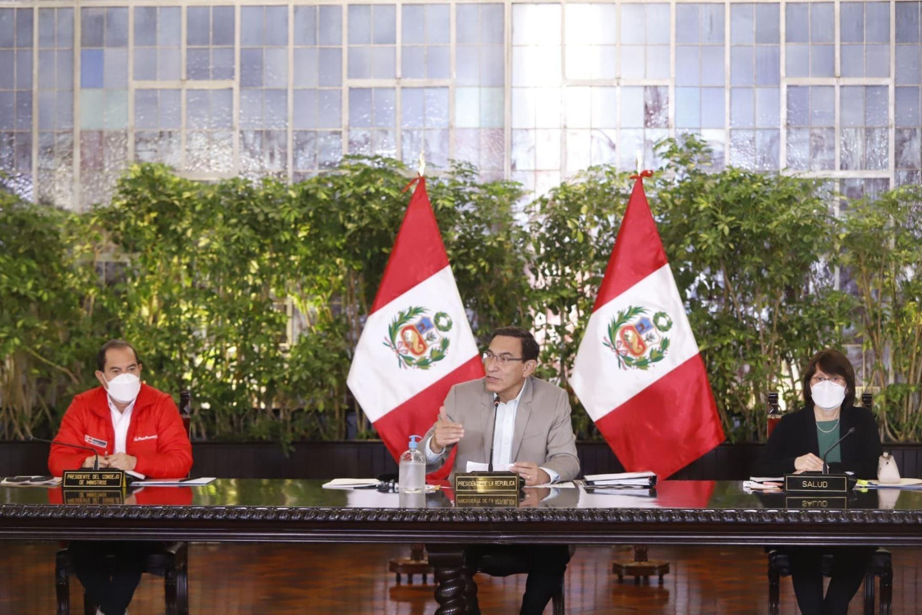Presidente Vizcarra firmó ley que extiende beneficios tributarios a editoriales | Política