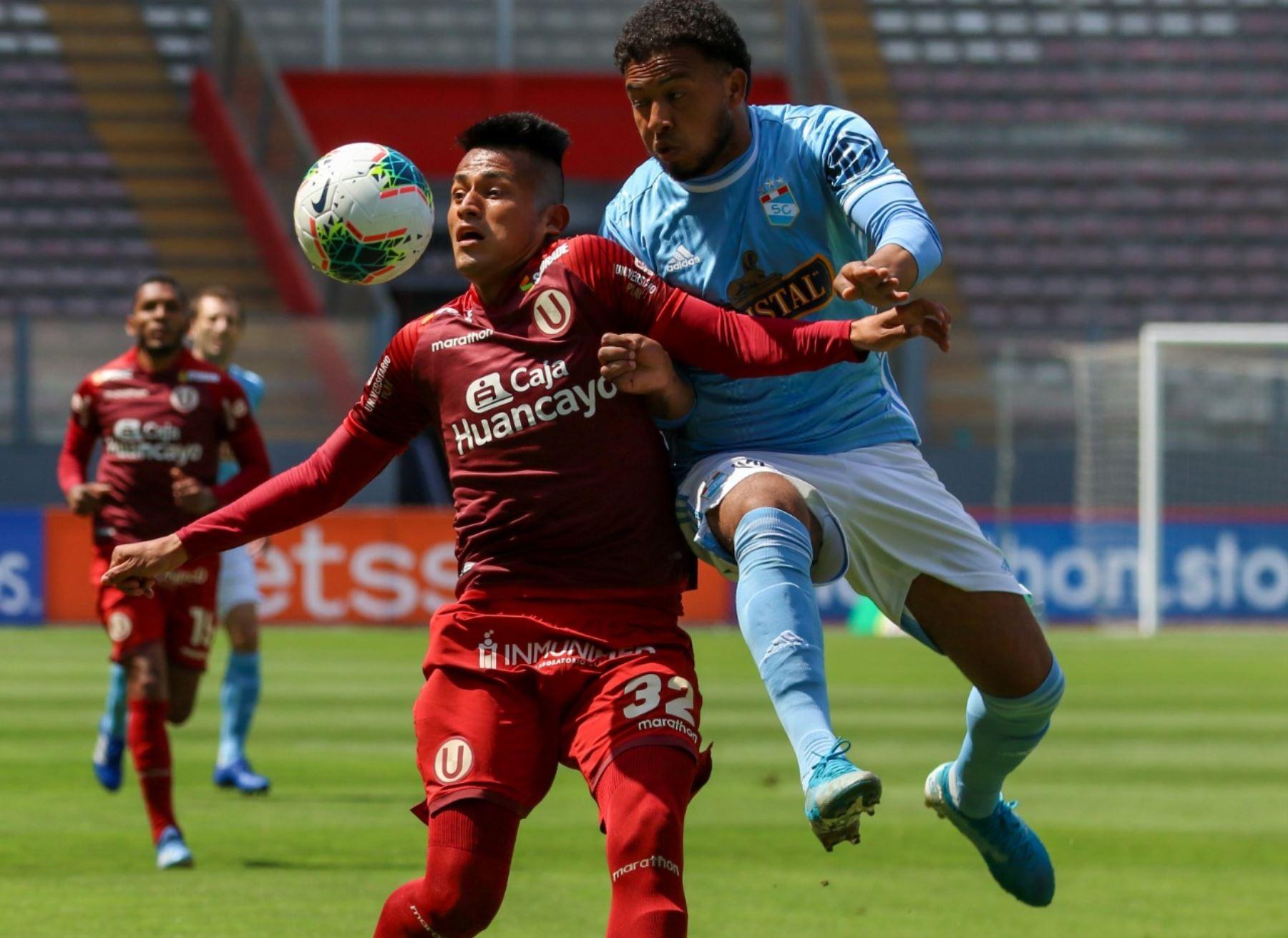 Cristal y Universitario juegan en el Estadio Nacional por la jornada 18