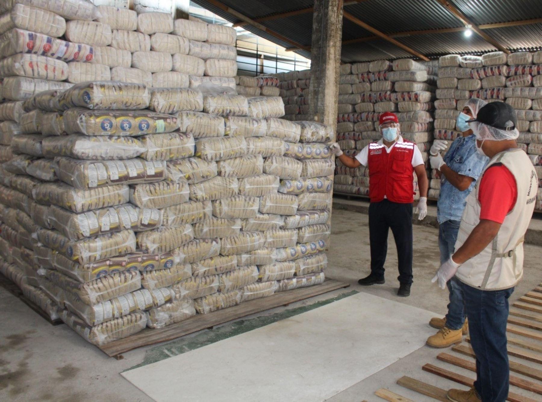 Siete municipios de Huánuco reciben 438 toneladas de alimentos de Qali Warma. Los productos se entregarán a las personas en situación de vulnerabilidad por la pandemia de coronavirus (covid-19). ANDINA/Difusión