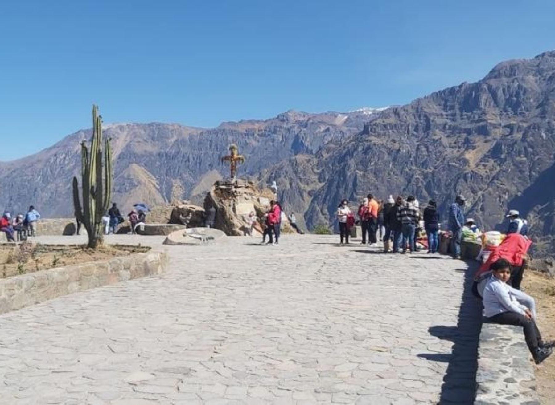 El valle del Colca, en Arequipa se pone de moda y es el destino favorito de los turistas.
