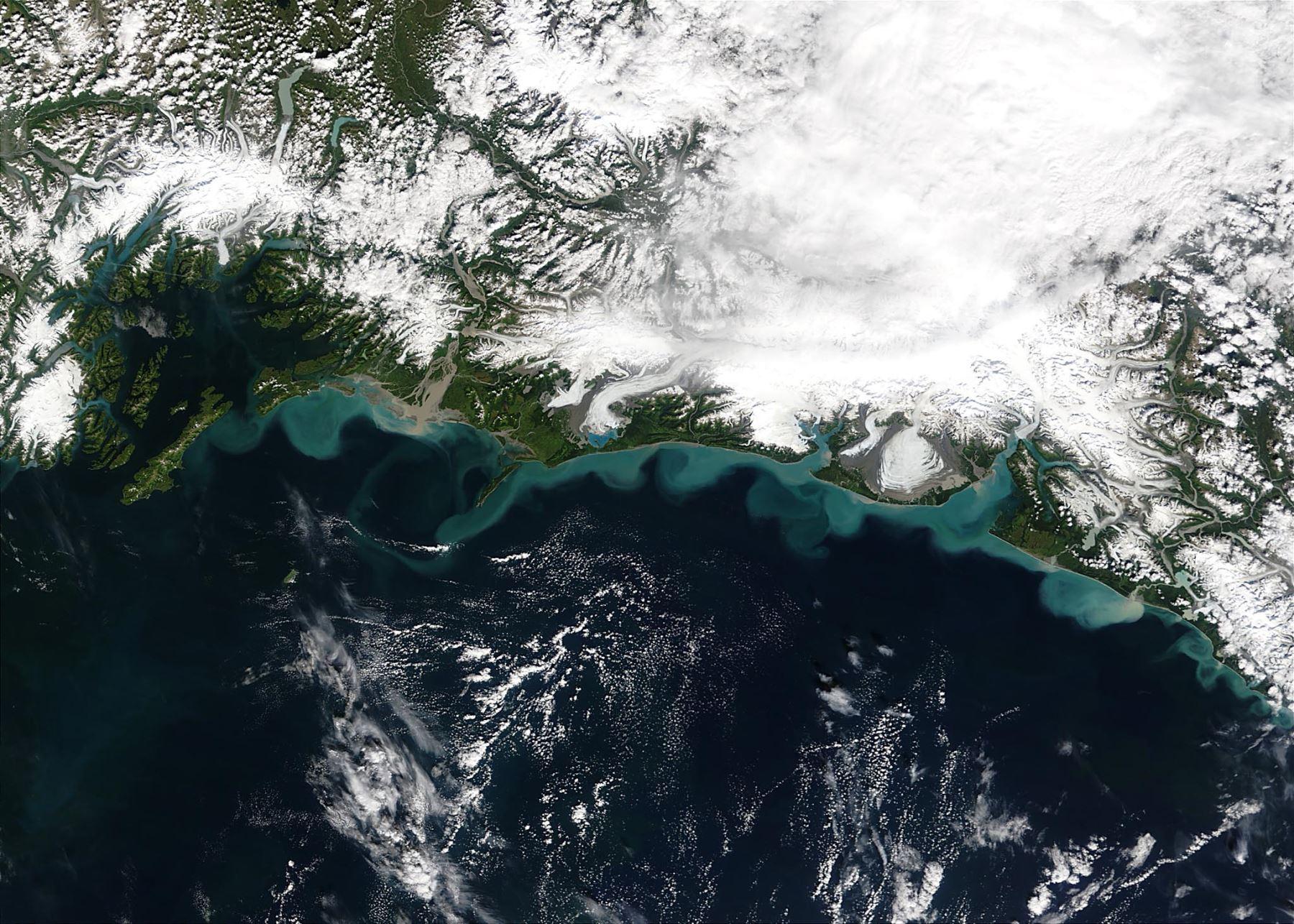 El sismo, estimado inicialmente de 7.4, se registró a 91 km al sureste de Sand Point, en las Islas Aleutianas en el mar de Bering. Foto: AFP