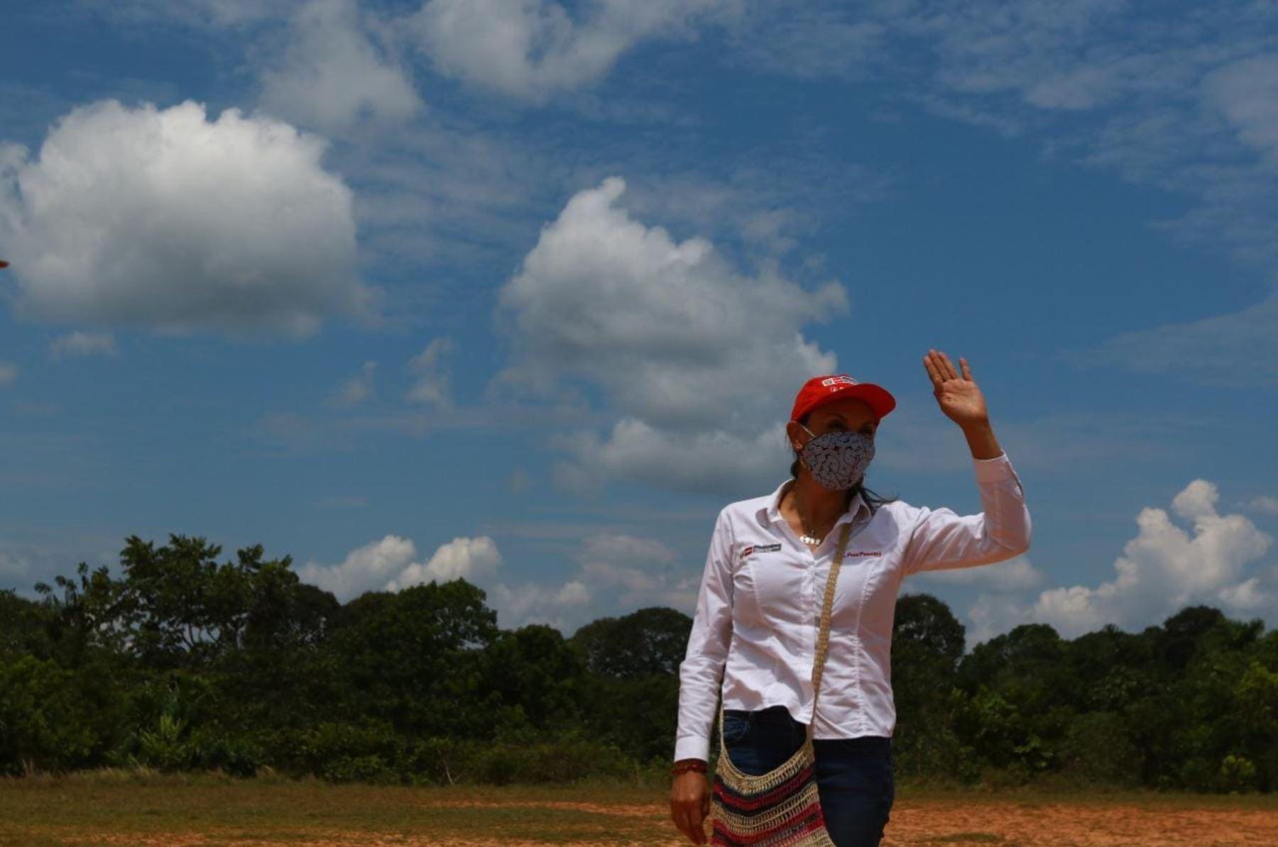 El presidente Martín Vizcarra, participa en la presentación del Núcleo Ejecutor del Proyecto Noa Jayatai – Mujer en la región Loreto. Este es el primer núcleo integrado por mujeres nativas de la Amazonía peruana. Foto: ANDINA/ Prensa Presidencia
