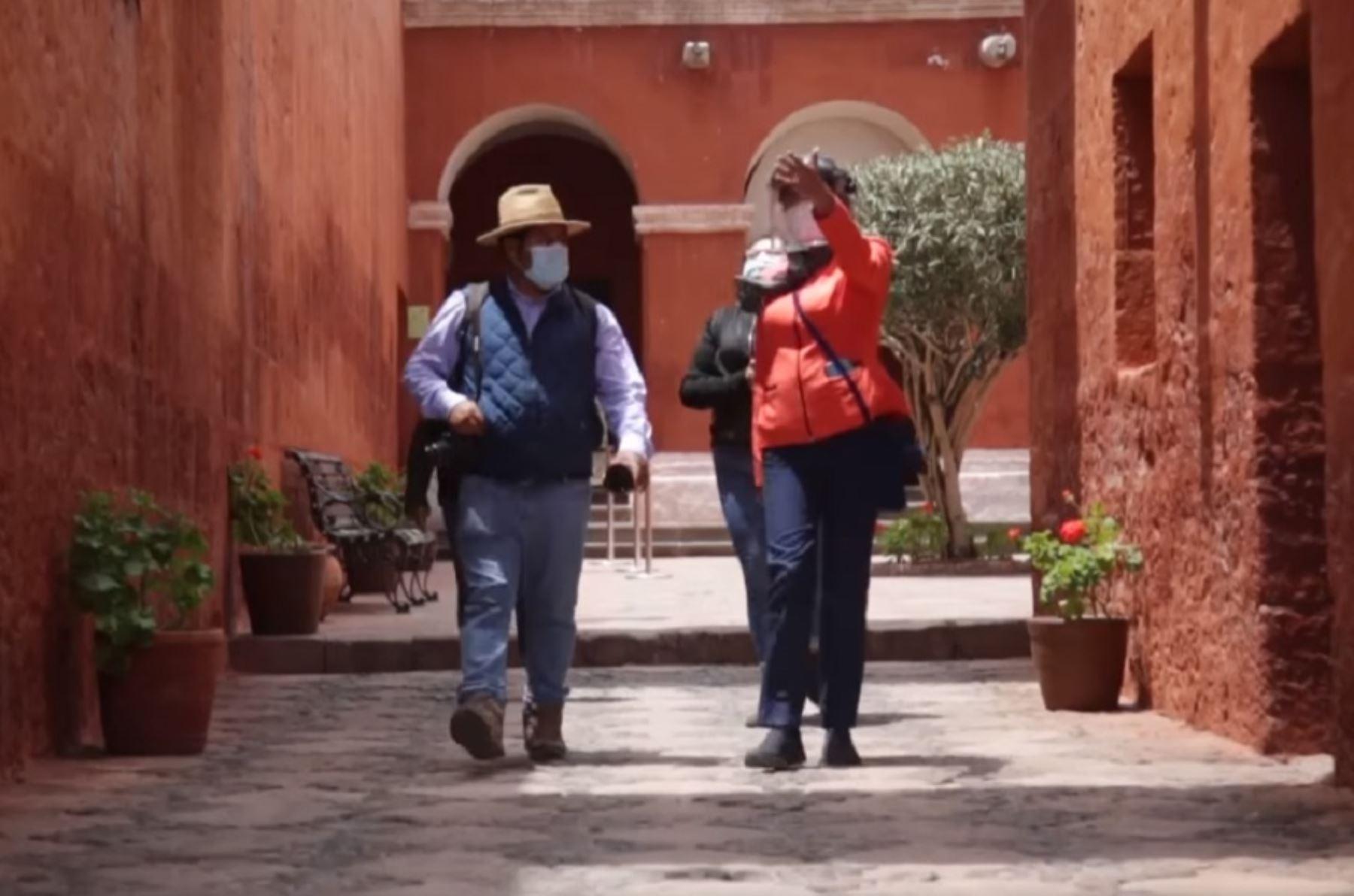 Monasterio de Santa Catalina, en la ciudad de Arequipa, reabre sus puertas al turismo. Foto: Facebook/Monasterio de Santa Catalina